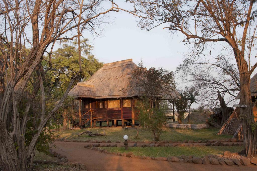 """Kafunta River Lodge Chalet_8369"" by Gmacfadyen via Flickr Creative Commons"