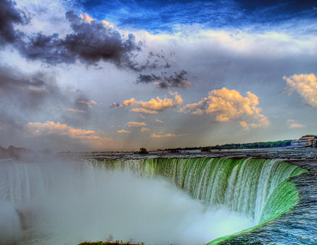 """Niagra Falls"" by Paul Bica via Flickr Creative Commons"