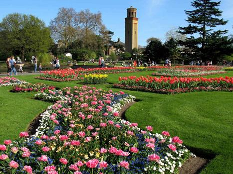 Gardens kew gardens  london