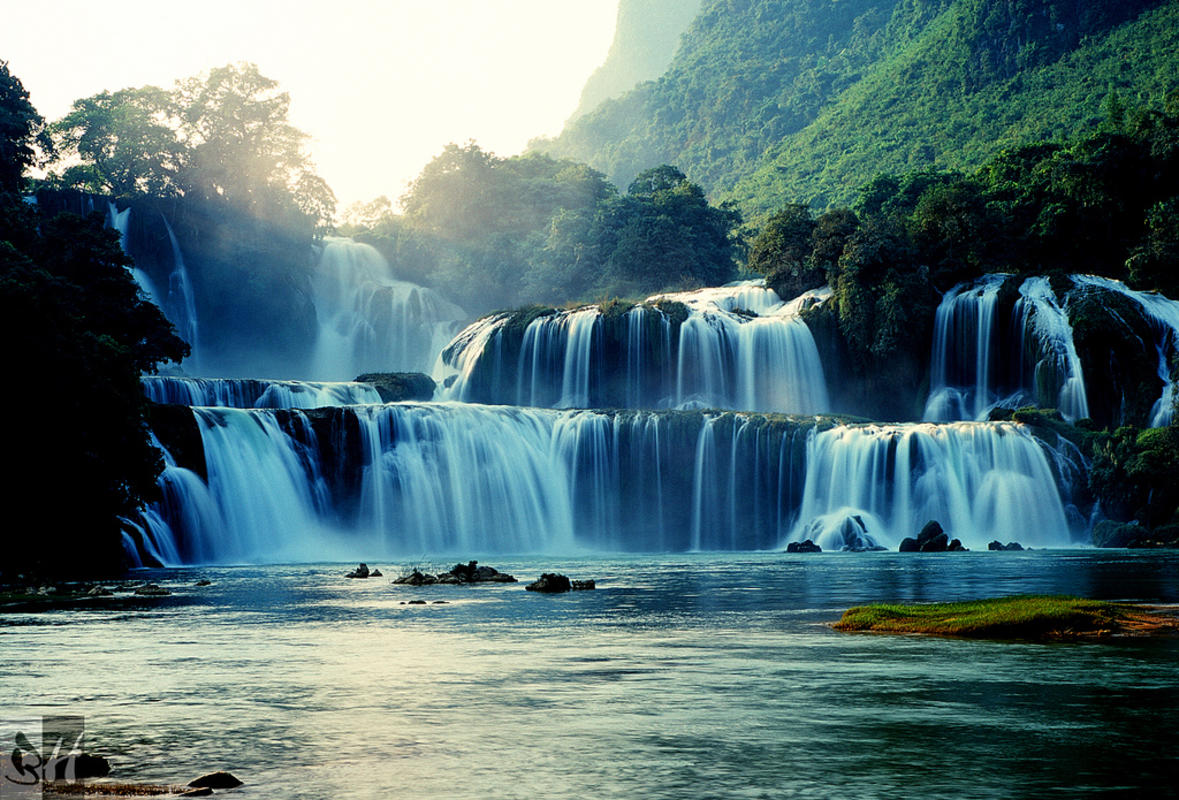 7 must see waterfalls in vietnam from north to south