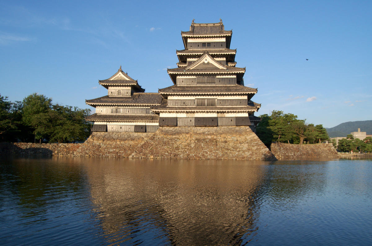 """Matsumoto Castle"" by Daniel Héctor Stolfi Rosso via Flickr Creative Commons"
