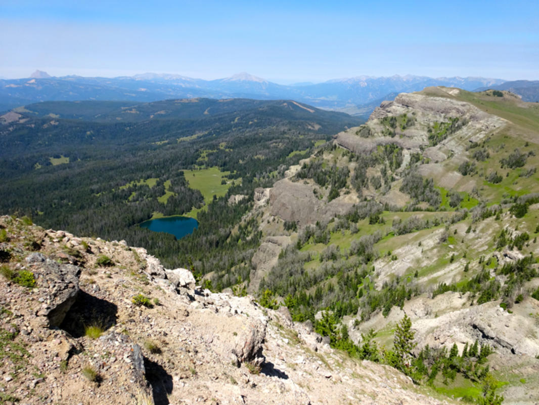Avalanche Peak Hike (Yellowstone National Park) | 10Adventures |Peak Hike Yellowstone