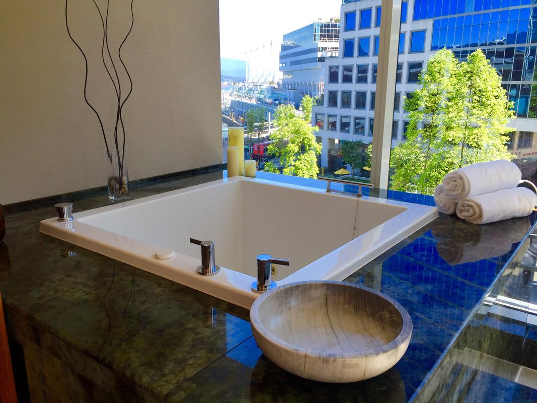 Fairmont Pacific Rim Spa Suite - Photo Credit: Ava Roxanne Stritt