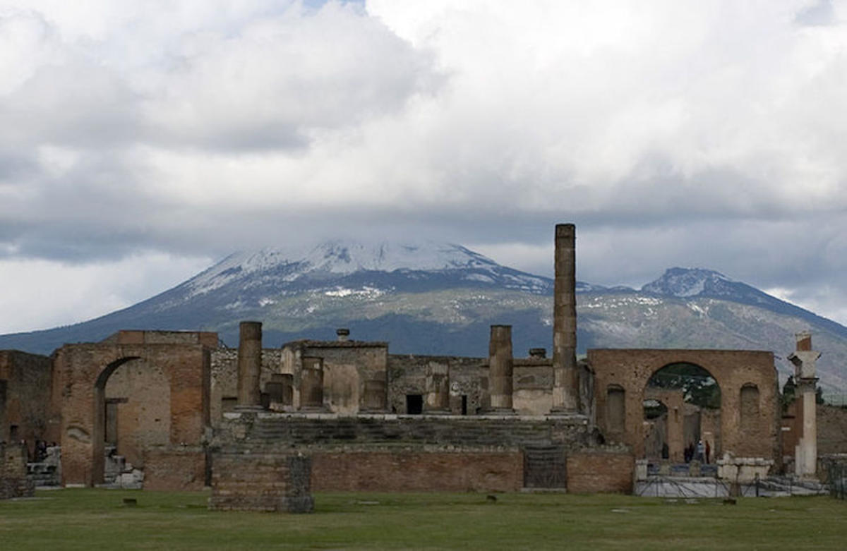 """Pompeii and Vesuvius"" by Sergey Ashmarin via Wikimedia"