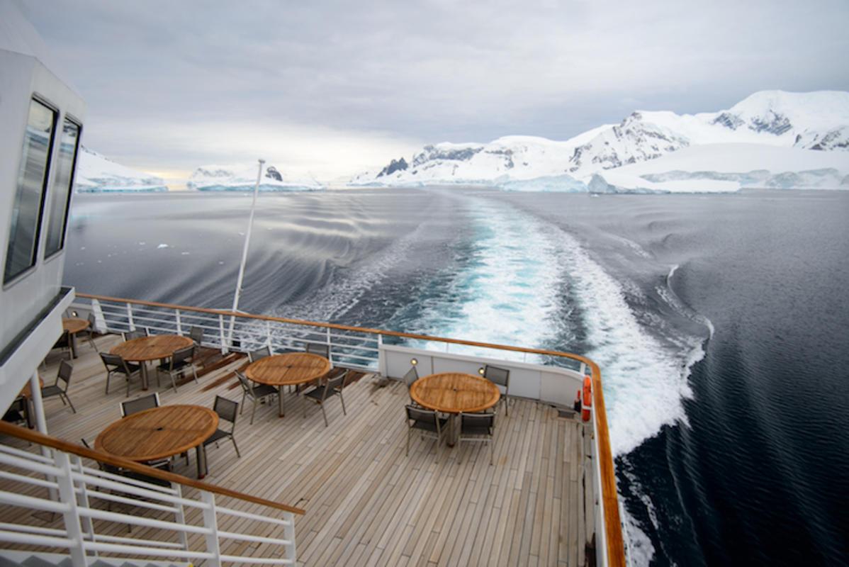 """20131204_210933_Antarctica_D800_5816.jpg"" by Reeve Joliffe via Flickr Creative Commons"