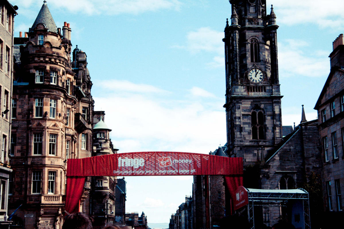 """Edinburgh Festival Fringe 2011"" by Laura Suarez via Flickr Creative Commons"