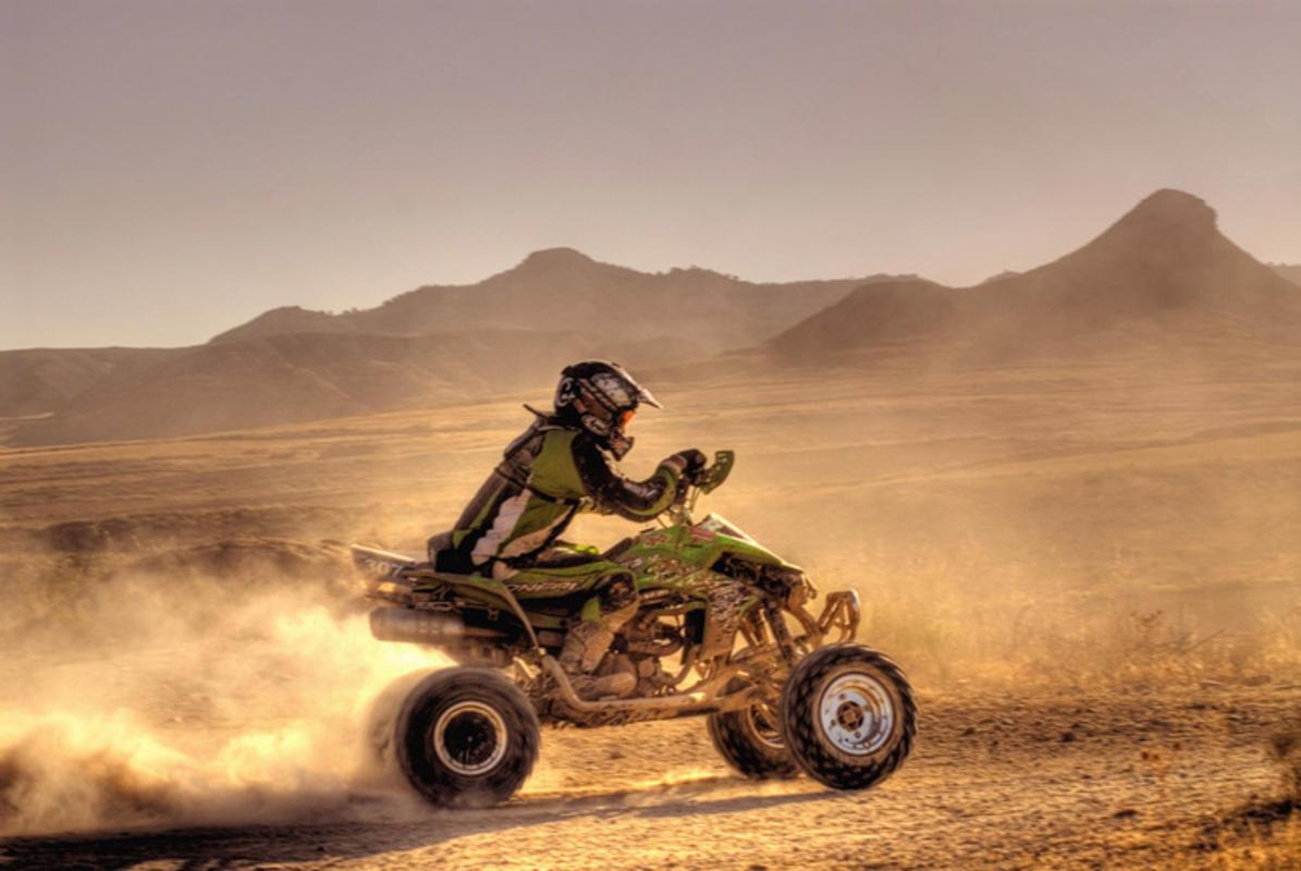 Racing through Botorrita // Photo Credit: Angel