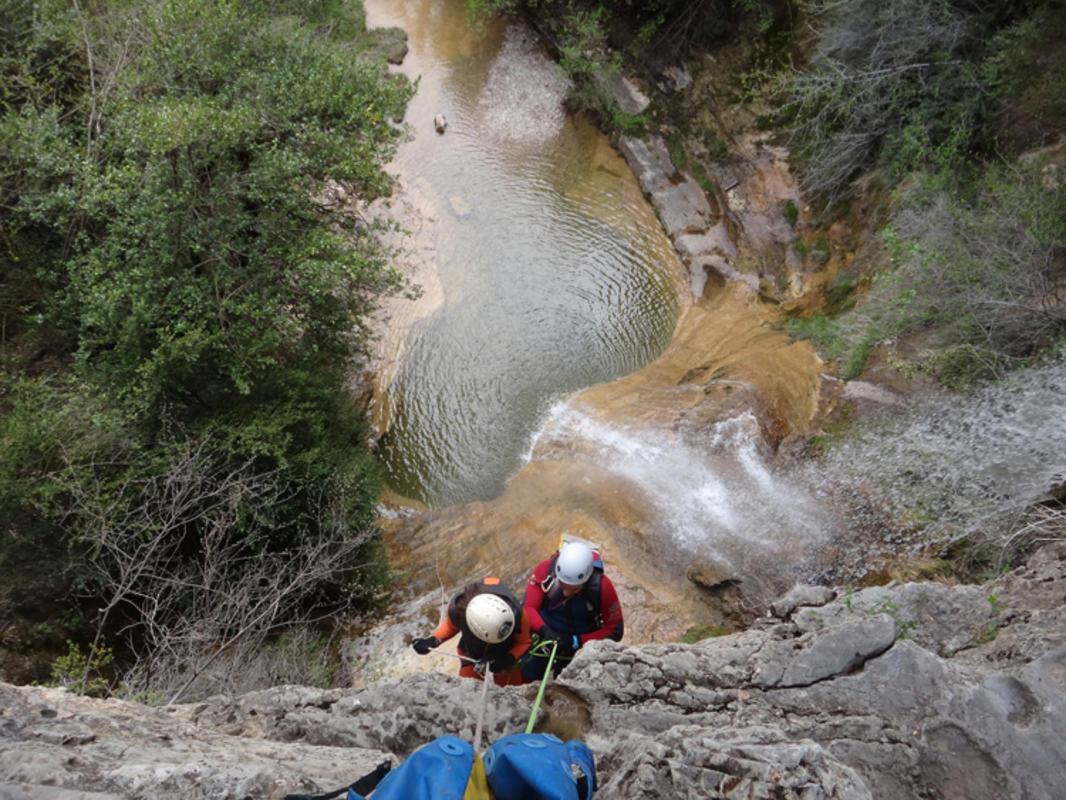 Caves in Poyatos in Castille la Mancha // Photo Credit: Roberto Lumbreras
