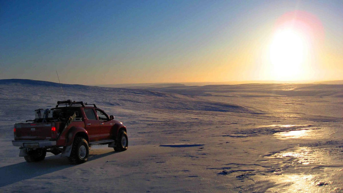 """Arctic Trucks - Top Gear Magnetic North Pole Expedition"" by Wapster via Flickr Creative Commons"
