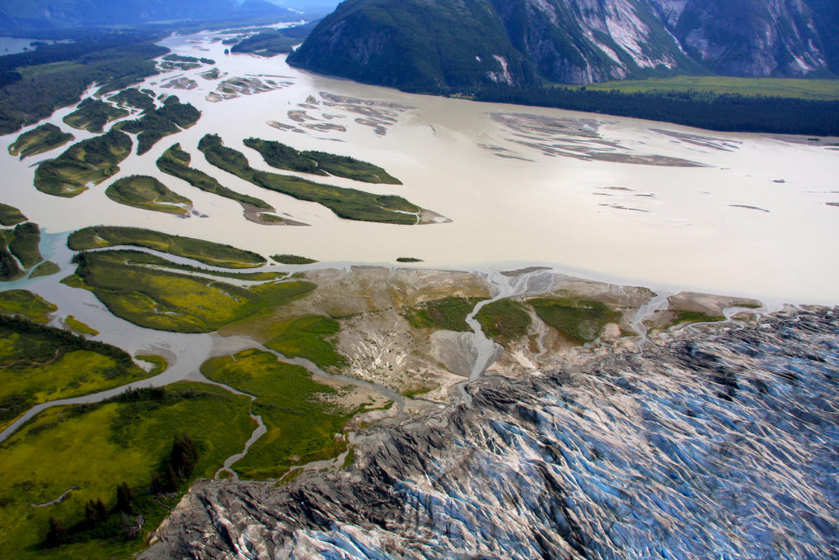 """Taku River Glacier Flightseeing"" by Lee LeFever via Flickr Creative Commons"