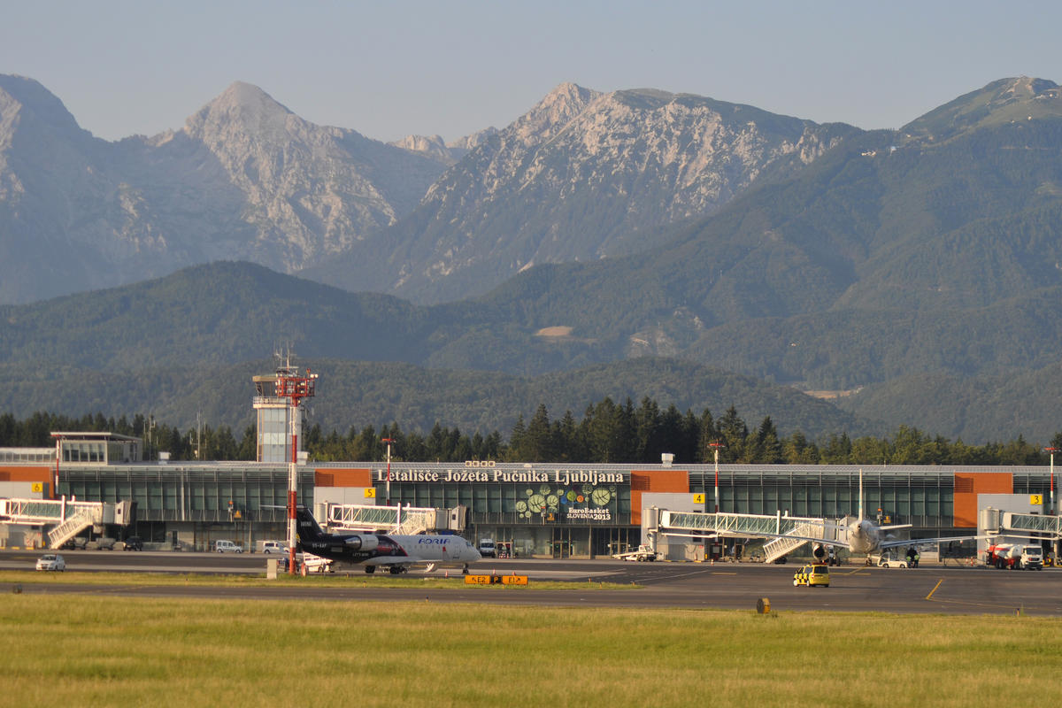 Ljubljana (Brnik) airport by stevekeiretsu via Fickr Creative Commons