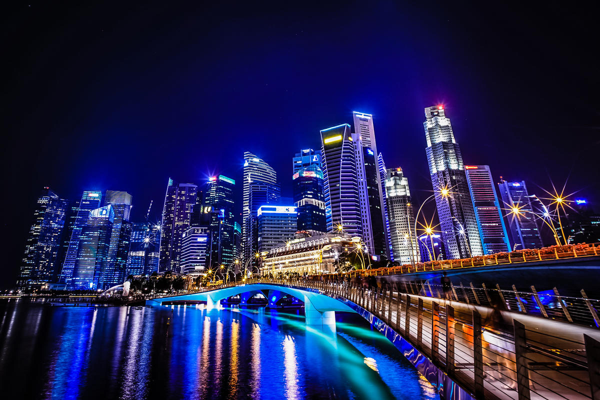 Downtown Singapore at night by aotaro via Flickr Creative Commons