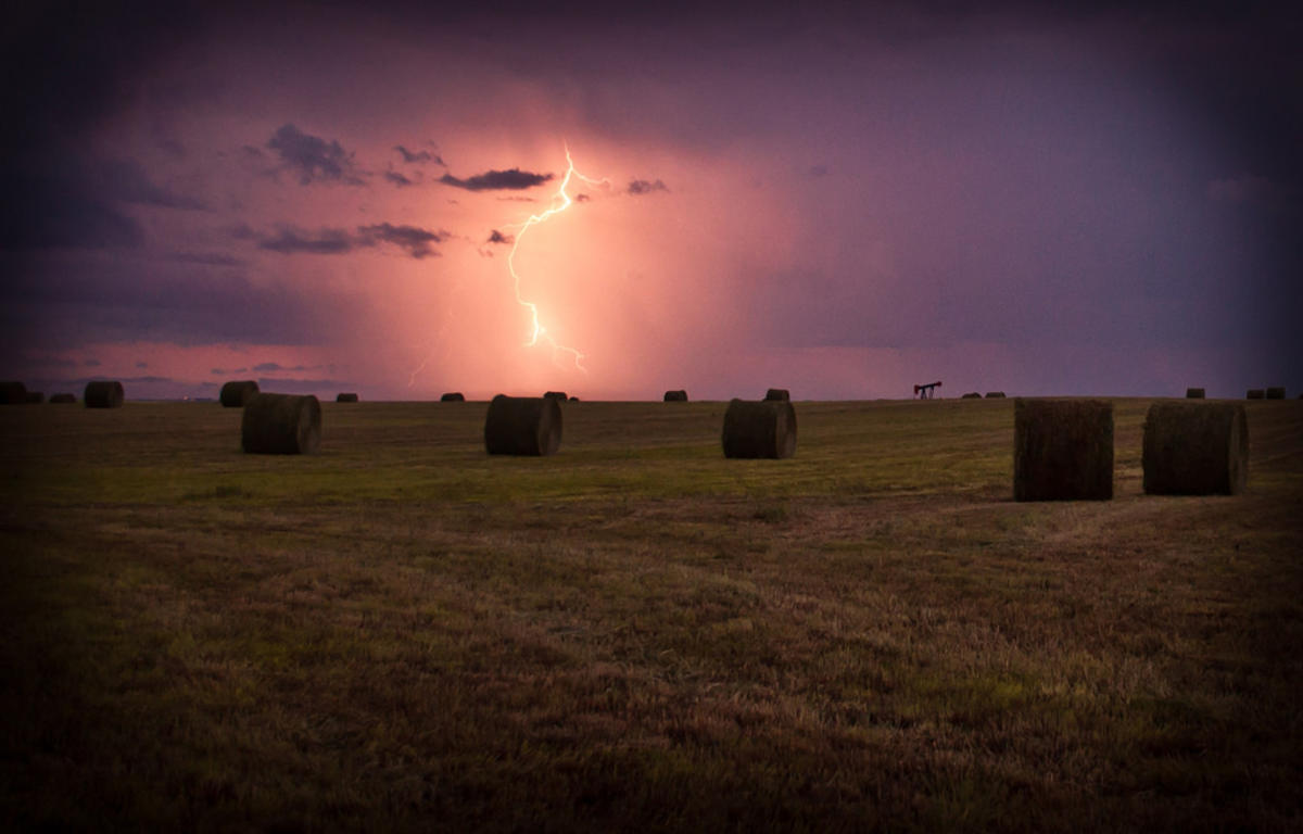 Prairie Lightning Storm by Rachel Patterson via Flickr Creative Commons