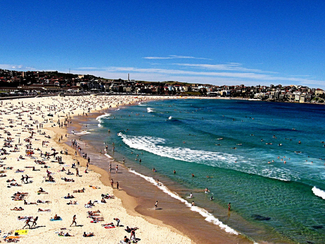 """Bondi Beach"" by Penreyes via Flickr Creative Commons"
