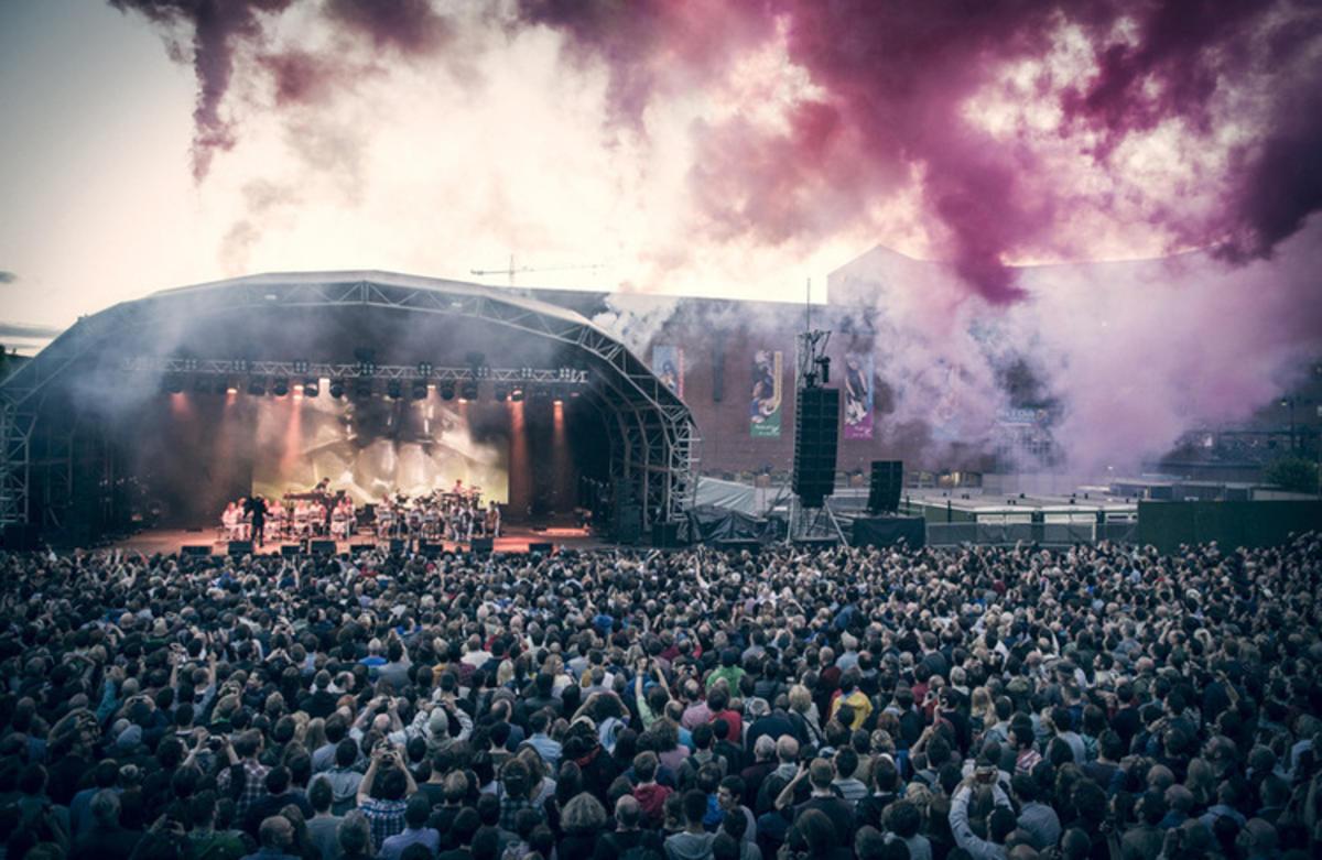 """Bjork Crowd"" by Marketing Manchester"