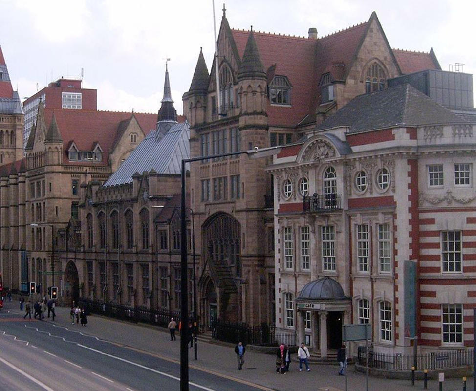Manchester Museum by Pit-yacker on Wikipedia