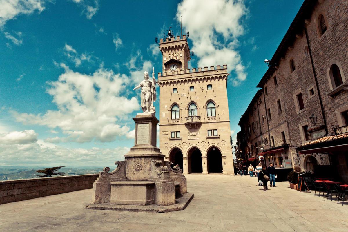 Palazzo Pubblico. by Matteo Paciotti via Flickr Creative Commons