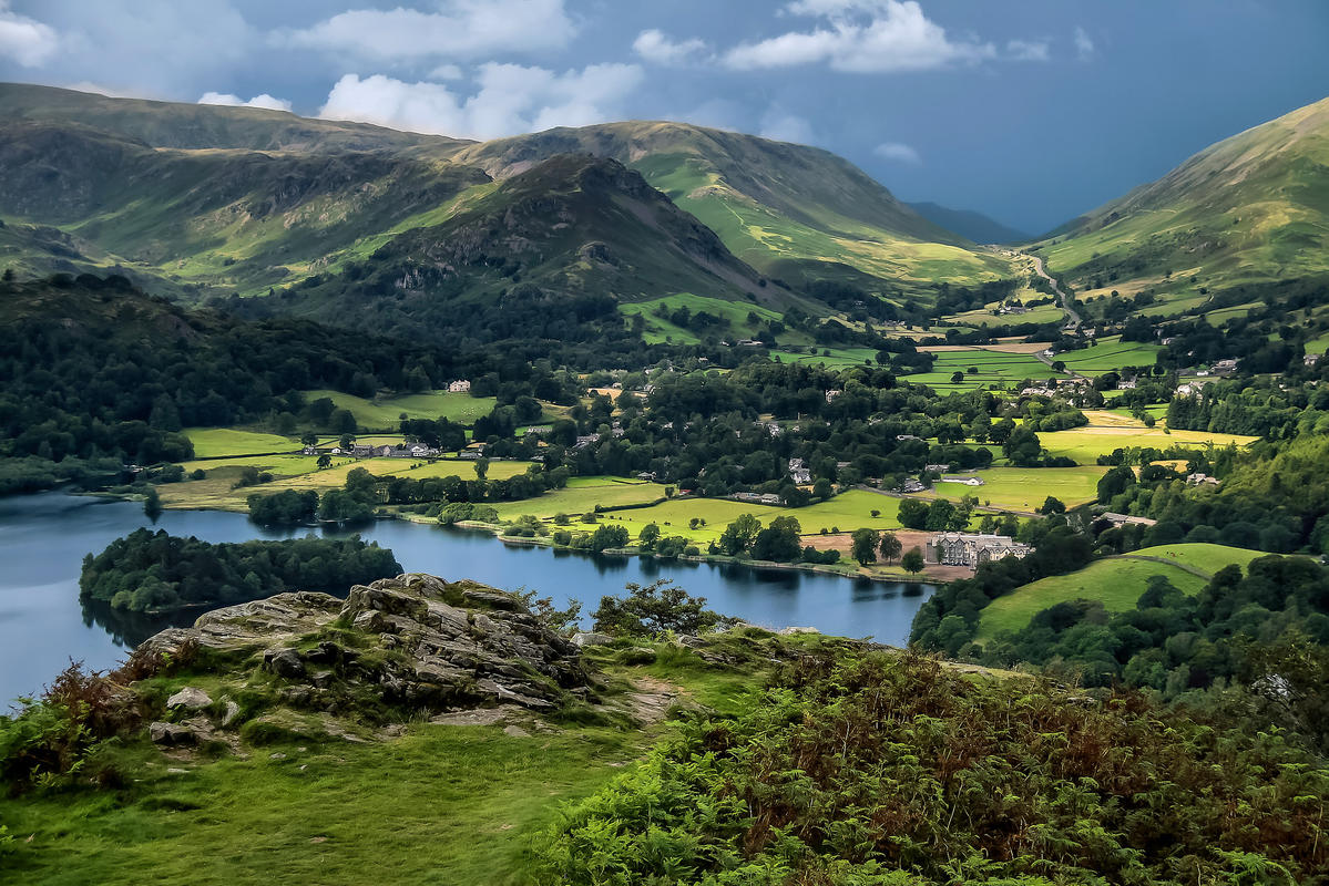 Grasmere from Loughrigg Fell by Jorge Franganillo via Flickr Creative Commons