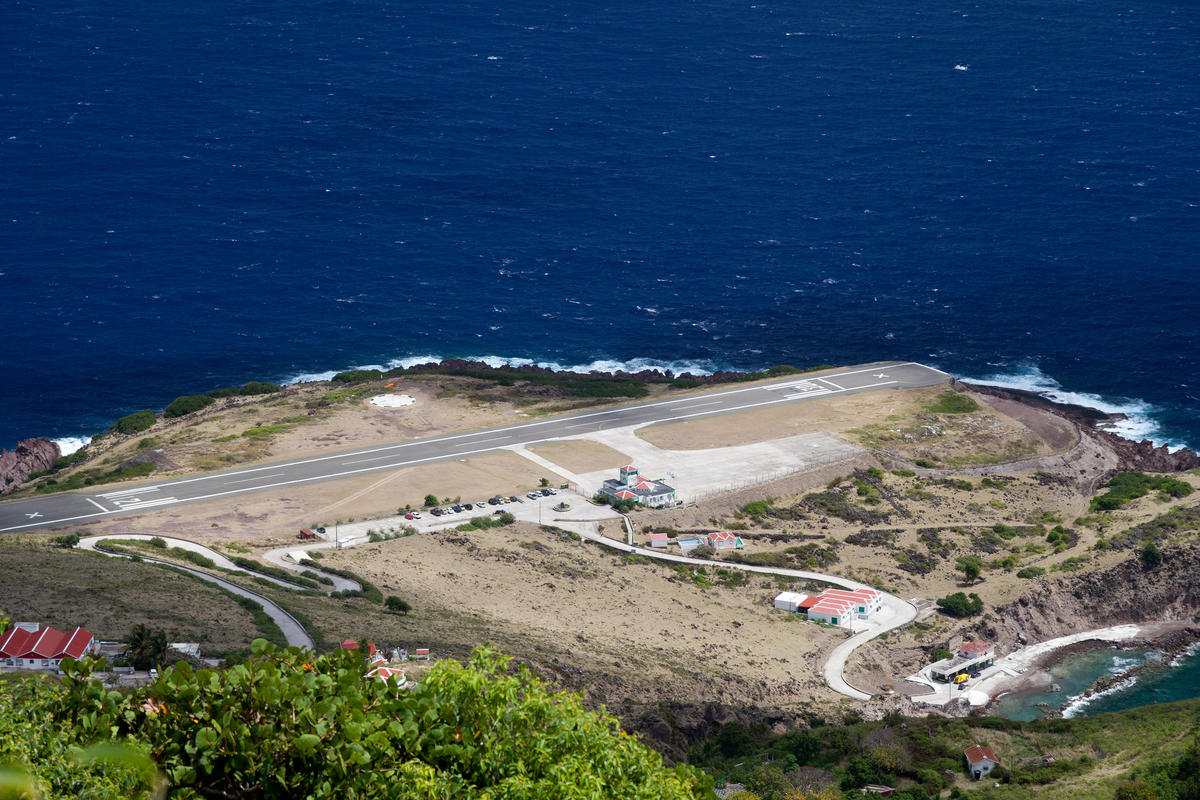 Saba Runway by killians_red via Flickr Creative Commons