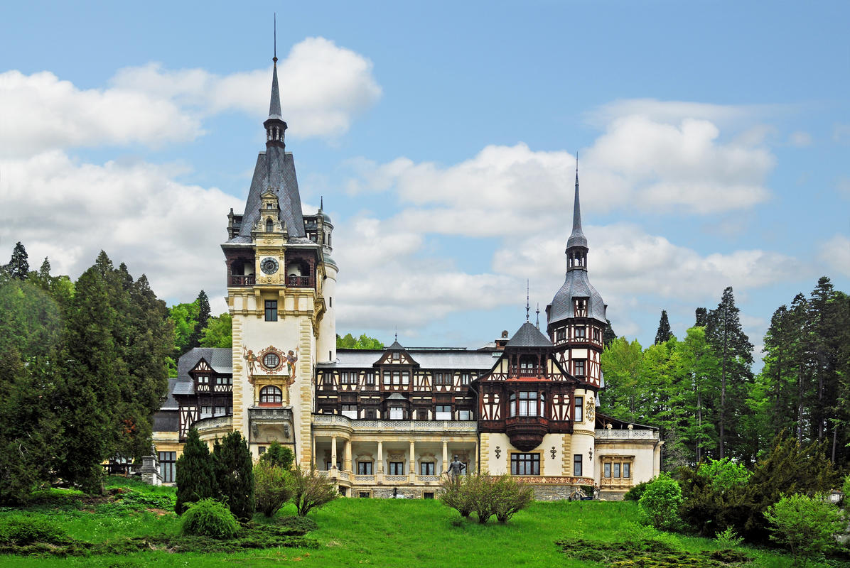 Romania-1727 - Peles Castle by Dennis Jarvis via Flickr Creative Commons