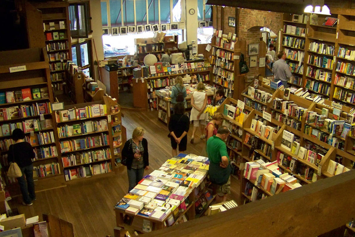 """Elliot Bay Books"" by Scsmith4 via Flickr Creative Commons"