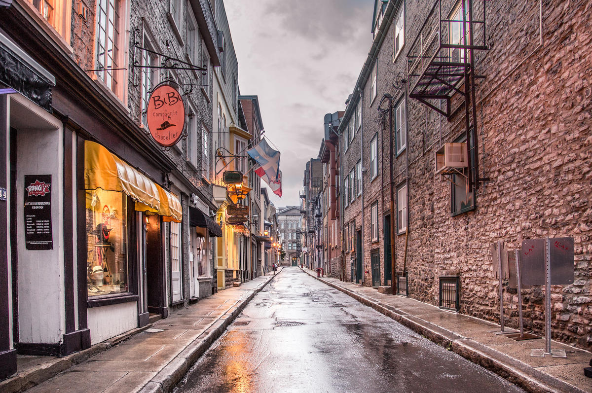 Rue Garneau / Vieux-Québec by Tony Webster via Flickr Creative Commons