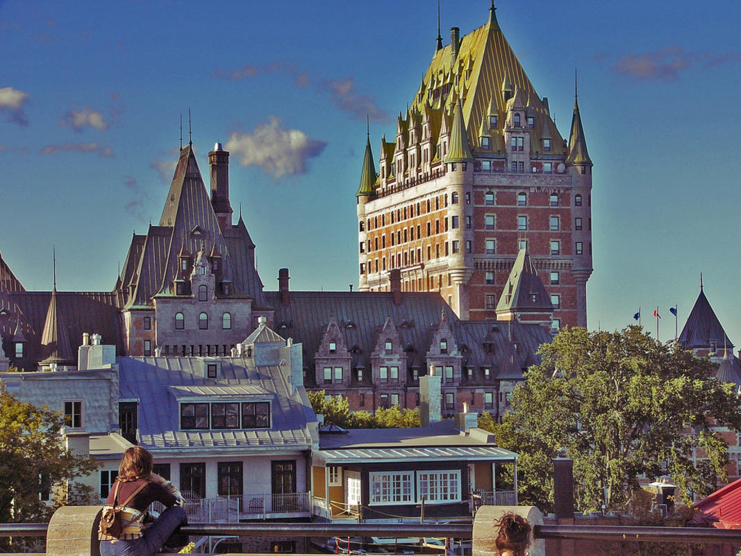 Château Frontenac, Québec. by Simon Desmarais via Flickr Creative Commons