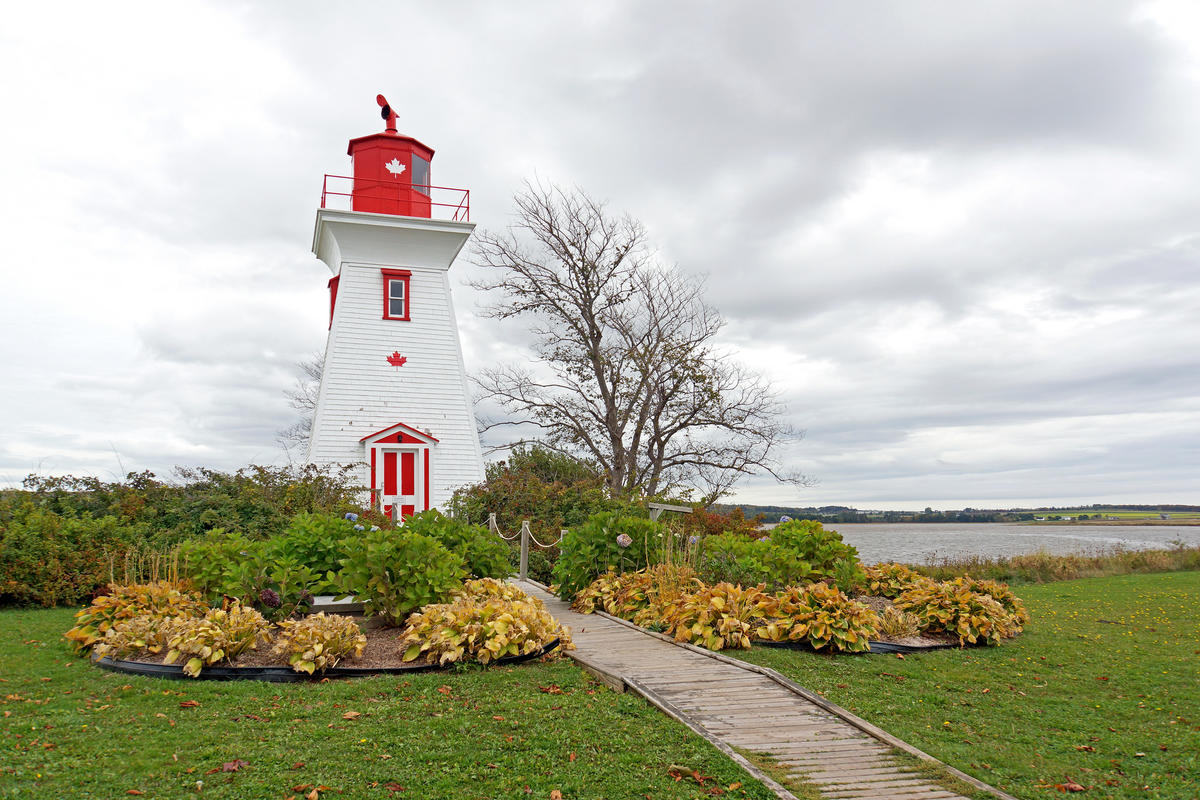 PEI-00526 - Leard's Front Range Lighthouse by Dennis Jarvis via Flickr Creative Commons