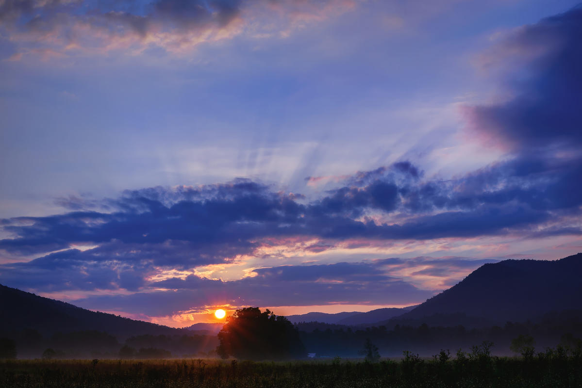 Sunrise at Cades Cove by Ken Lane via Flickr Creative Commons