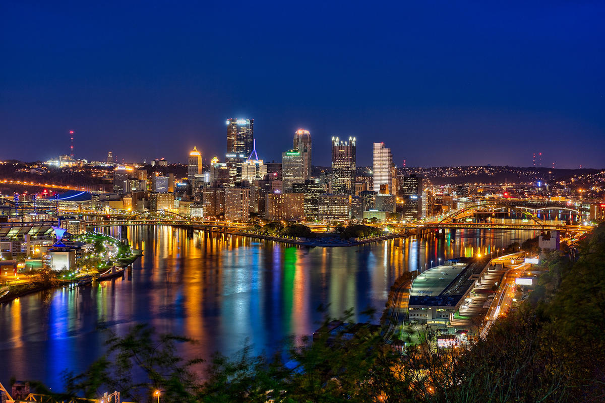 Pittsburgh at Night Last Shot by Matthew Paulson via Flickr Creative Commons