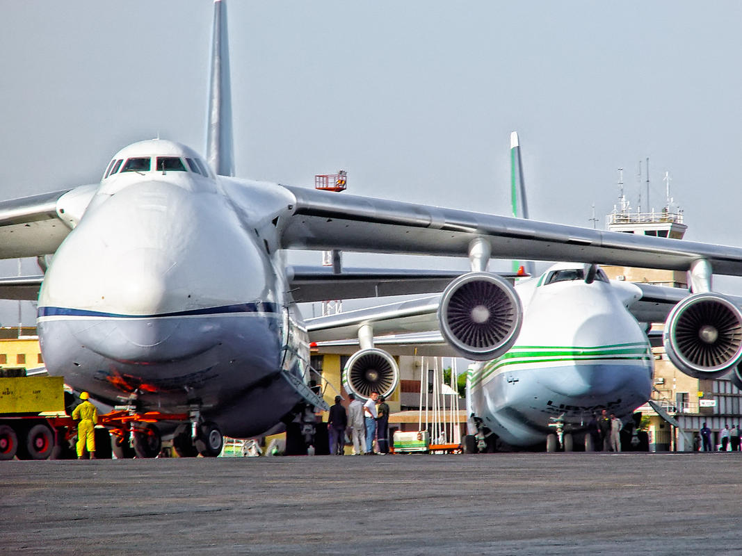 A couple of antonov 124s on the ramp in Ndjamina Photo by paul via Flickr Creative Commons