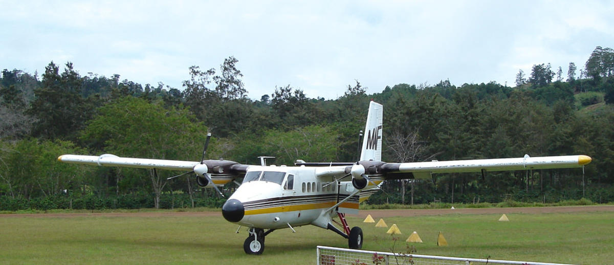 MAF Twin Otter by Kahunapule Michael Johnson via Flickr Creative Commons