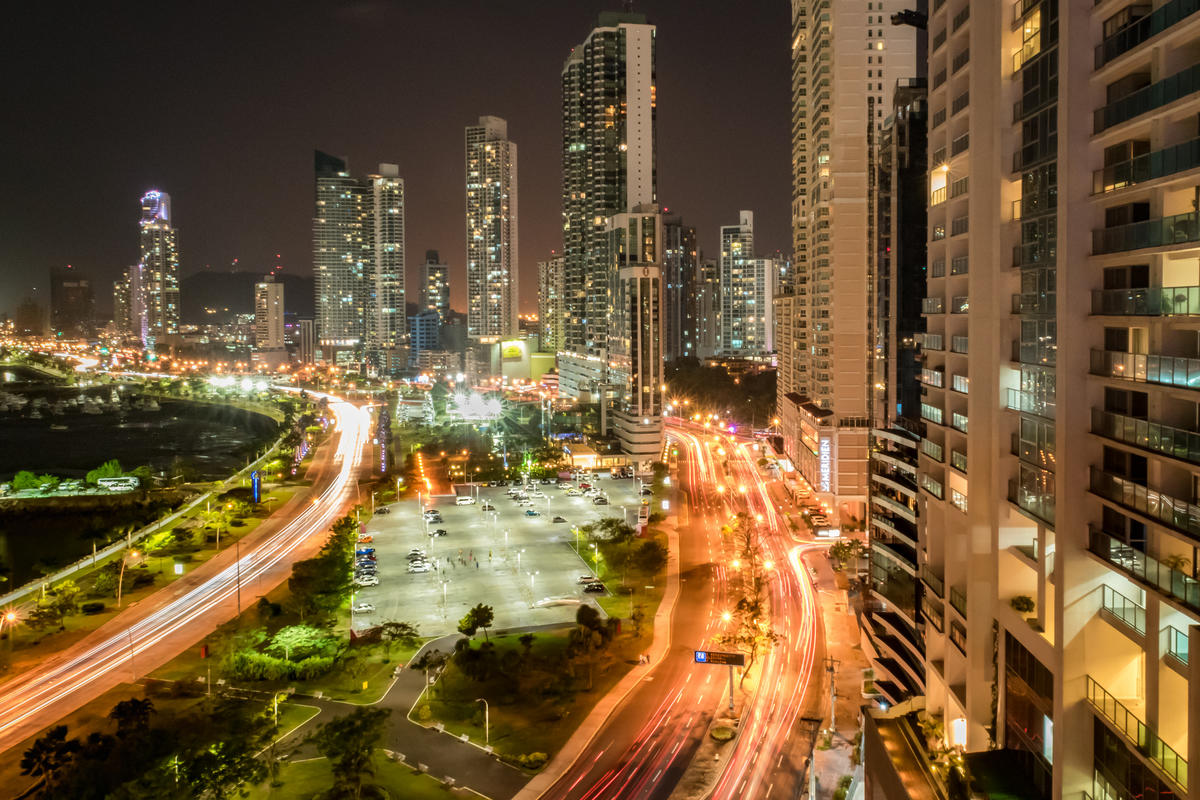 Panama Stadt by dronepicr via Flickr Creative Commons