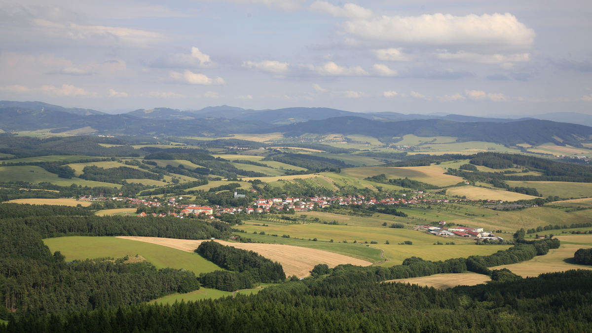Bílé Kartpaty (lookout Doubrava u Loučky) Photo by Vašek Vinklát via Flickr Creative Commons