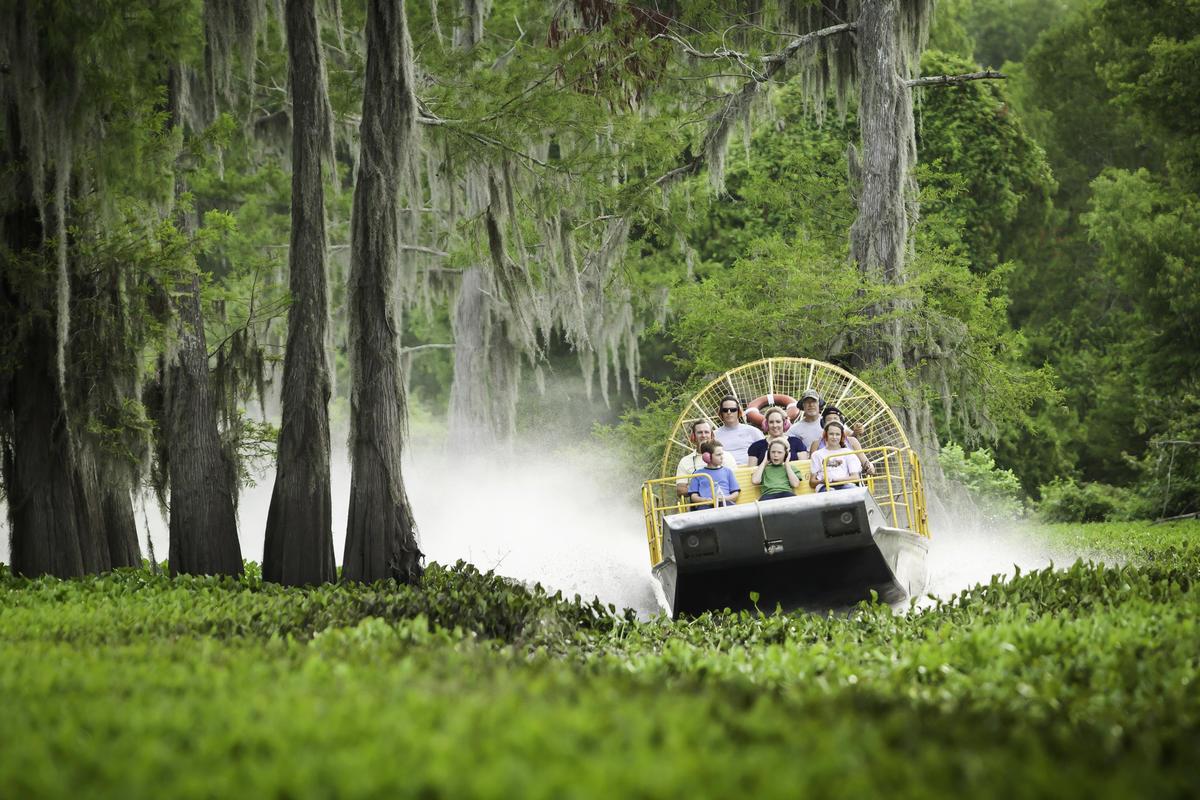 10 Places To Visit In Louisiana If You Love To Be Out On The Water