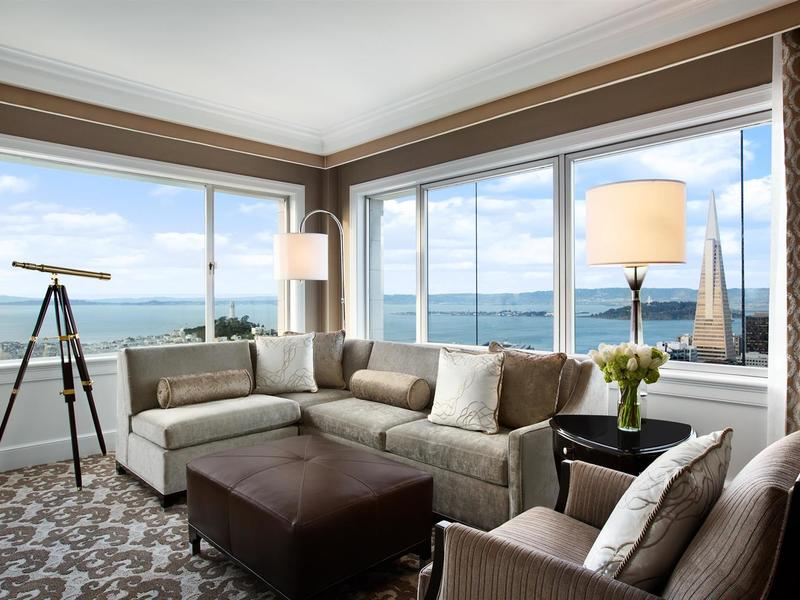 Signature golden gate suite living room 481683 med