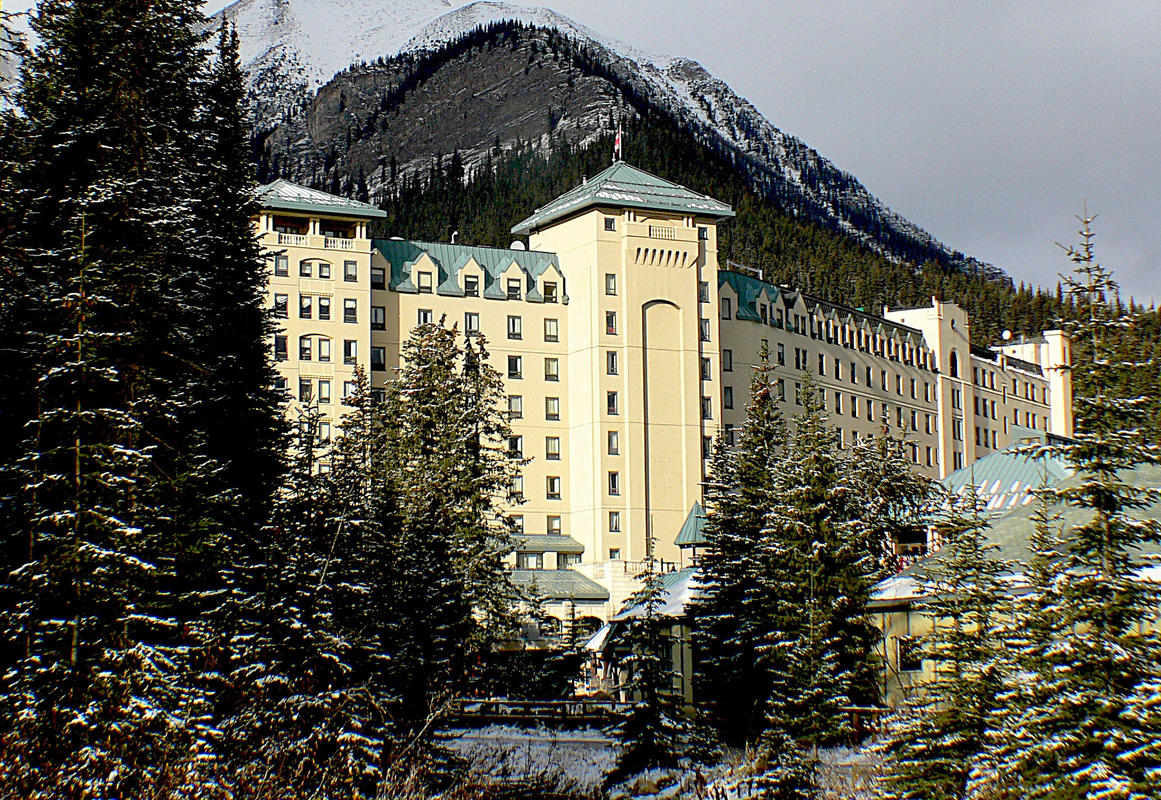 These Photos Will Convince You to Stay at the Fairmont Chateau Lake Louise in 2019