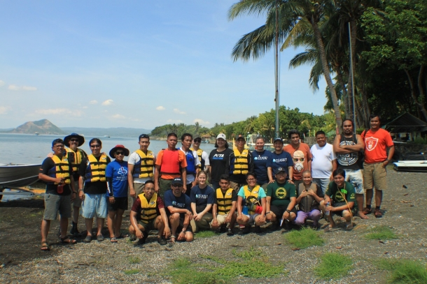 Participants of IFAW's ERN workshop in the Phillipines.
