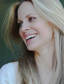 Kristin Bauer van Straten, Actress and IFAW Ambassador