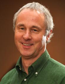 Peter Pueschel, Directeur Accords internationaux sur l'environnement de 2001 à 2