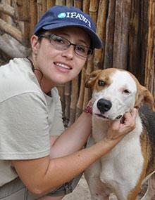 Erika Flores, Beraterin und technische Koordinatorin