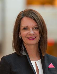 Faye Cuevas, Vice-présidente