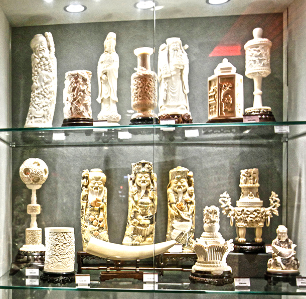 Ivory for sale at the 'China Arts & Crafts' department store in Tsim Sha Tsui district, Kowloon, Hong Kong, China, 19 March 2013. c. IFAW/A. Hofford