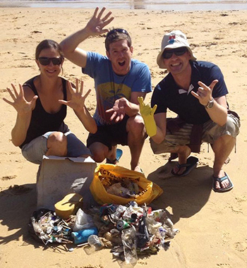IFAW Marine Campaigner Sharon Livermore and friends with their beach clean-up haul