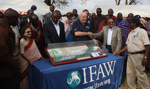 Azzedine Downes, IFAW President and CEO, and Dr Manu Chandaria, IFAW Board Member, display the three-dimensional model of the proposed Kitenden Conservancy.