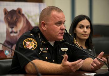 Zanesville Sheriff Matthew Lutz and IFAW DC office campaigner Tracy Coppola.