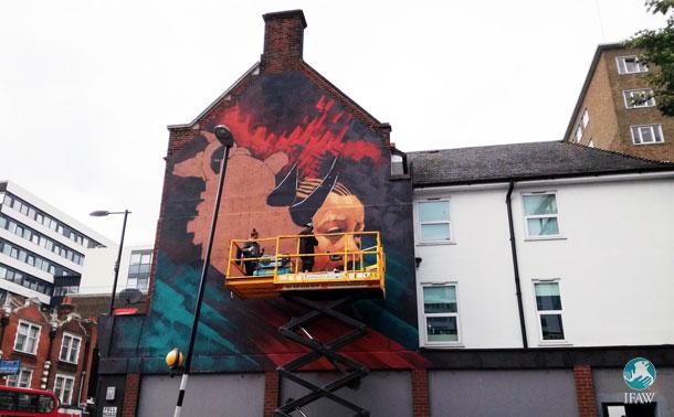 Stunning rhino mural appears on Croydon High Street courtesy of street artist Sonny