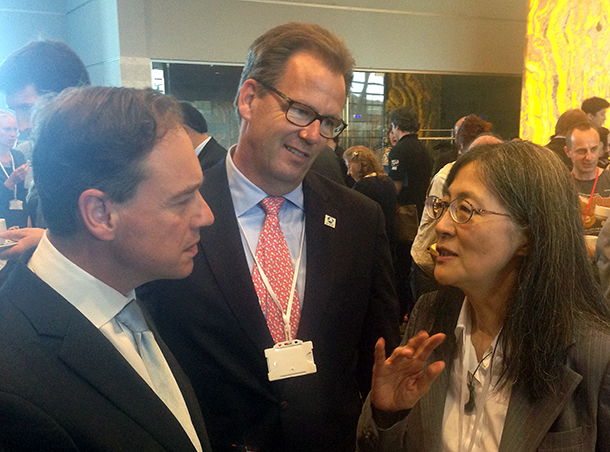 IFAW's Global Whale Program Director, Patrick Ramage, and IFAW Japan representative, Naoko Funahashi, talk to Australian Environment Minister, Greg Hunt, at the IWC meeting in Slovenia.