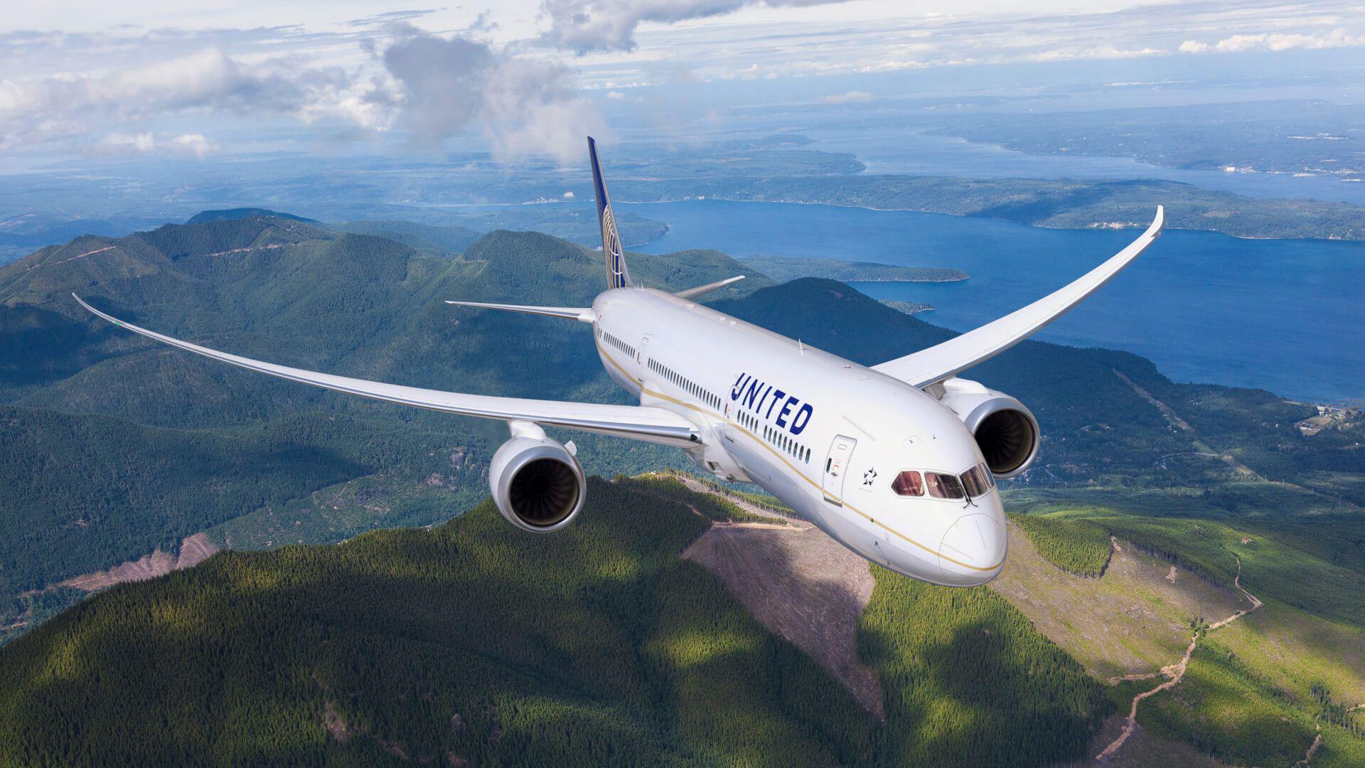 United Airlines Flight tracker