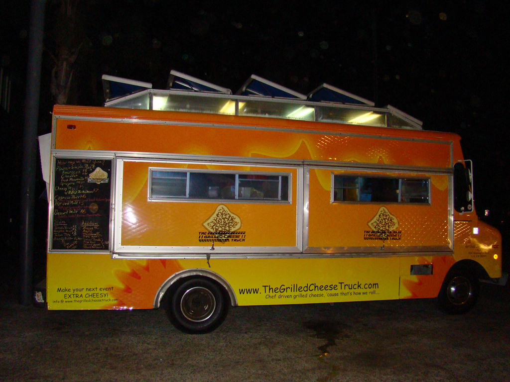 La The Grilled Cheese Truck Offers Comfort Food With A